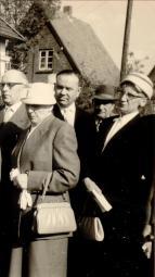 Schwester Marta Lübke (ganz rechts)
